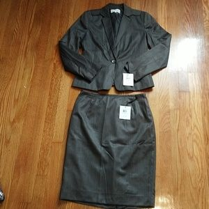 Calvin Klein womens skirt suit 6 $180